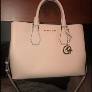 Michael Kors large blush tote with padded middle